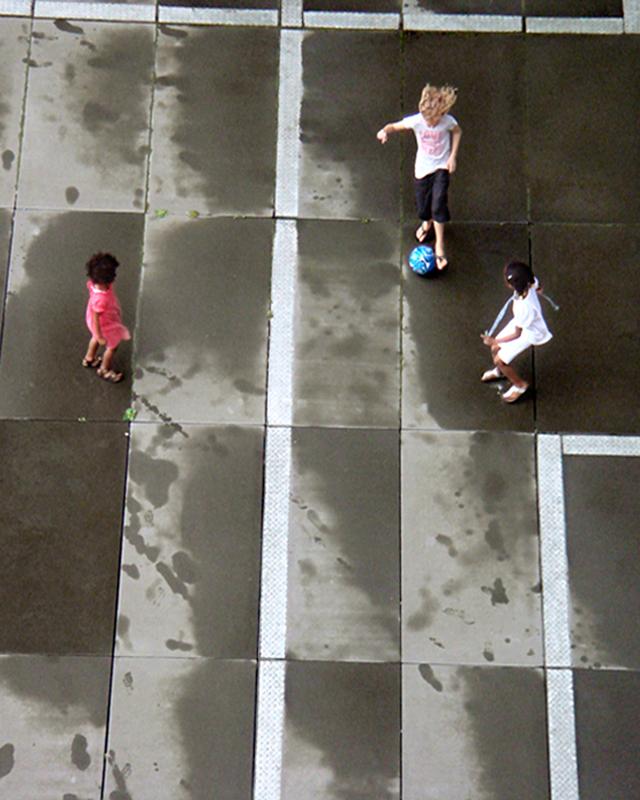 Foto 01 spelende kinderen